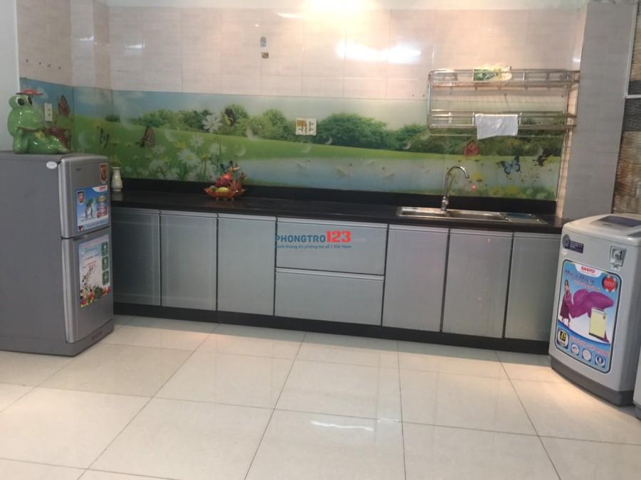 Cho thuê KTX an ninh, free dịch vụ, full nội thất mới 100% gần Hutech