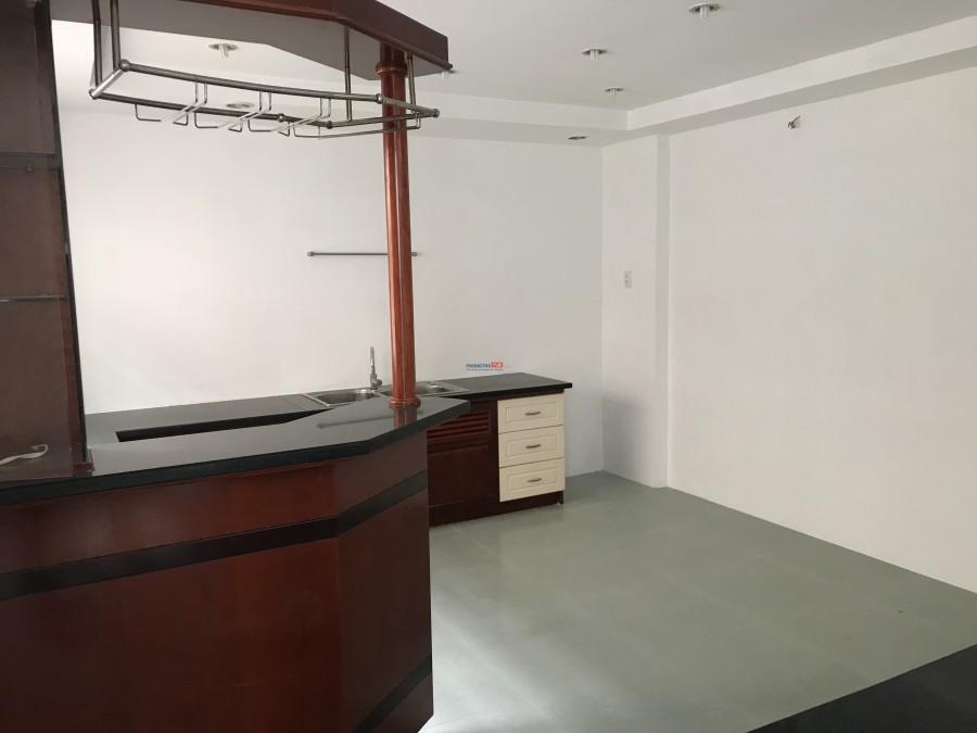 Cho thuê phòng trọ, tự do. hẻm rộng, Oto có thể vào được. Phòng mới đẹp, Có vệ sinh riêng, Phòng nấu ăn riêng