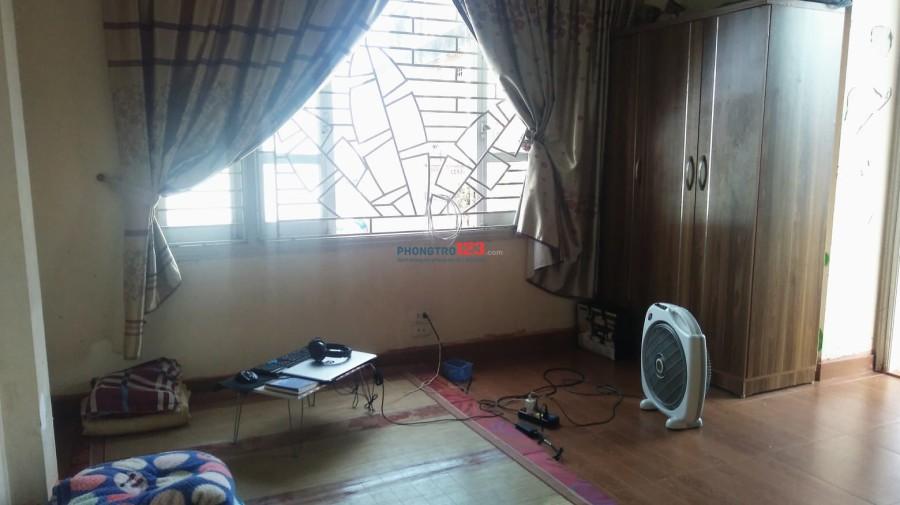 Tìm 1 nam (Sinh viên) ở ghép ở 68 Đường Giáp Bát, Hoàng Mai, Hà Nội