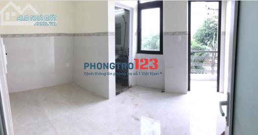 Cho thuê phòng tại Tân Phú, sát ĐH Công Nghiệp Thực Phẩm, có ban công, máy lạnh, quạt trần