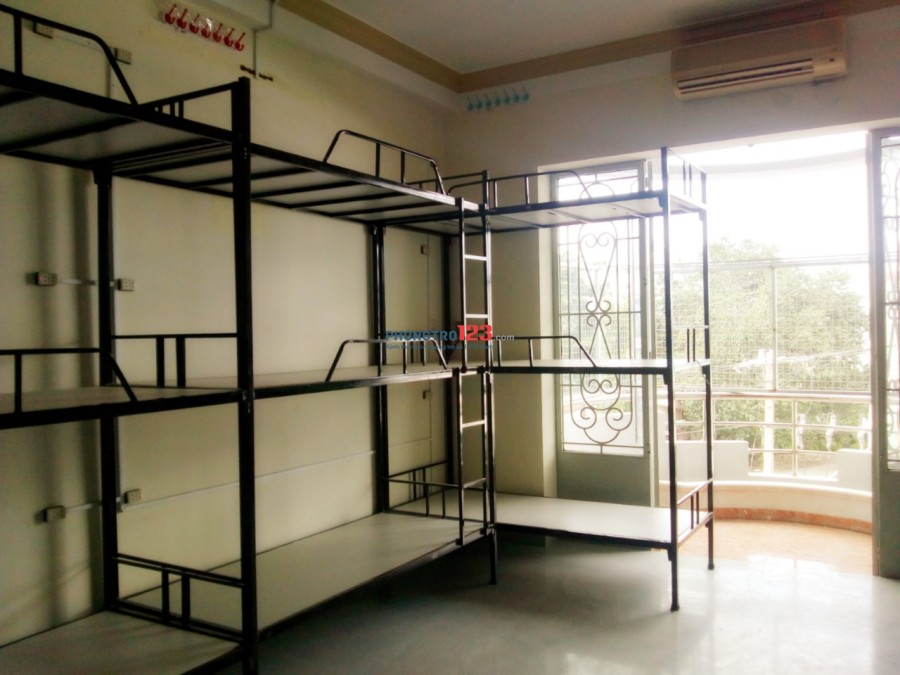 Kí túc xá 450k/tháng có máy lạnh sạch sẽ, quận Tân Bình
