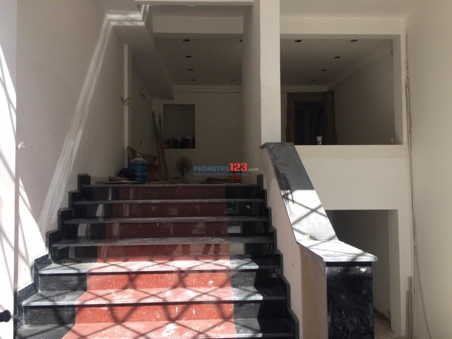 Phòng mới đẹp cách ĐH Văn Lang 50m - đường Trục - 3tr400