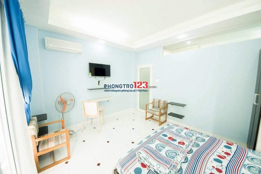 Phòng 35M2 đầy đủ tiện nghi, có thang máy Lê Hồng Phong