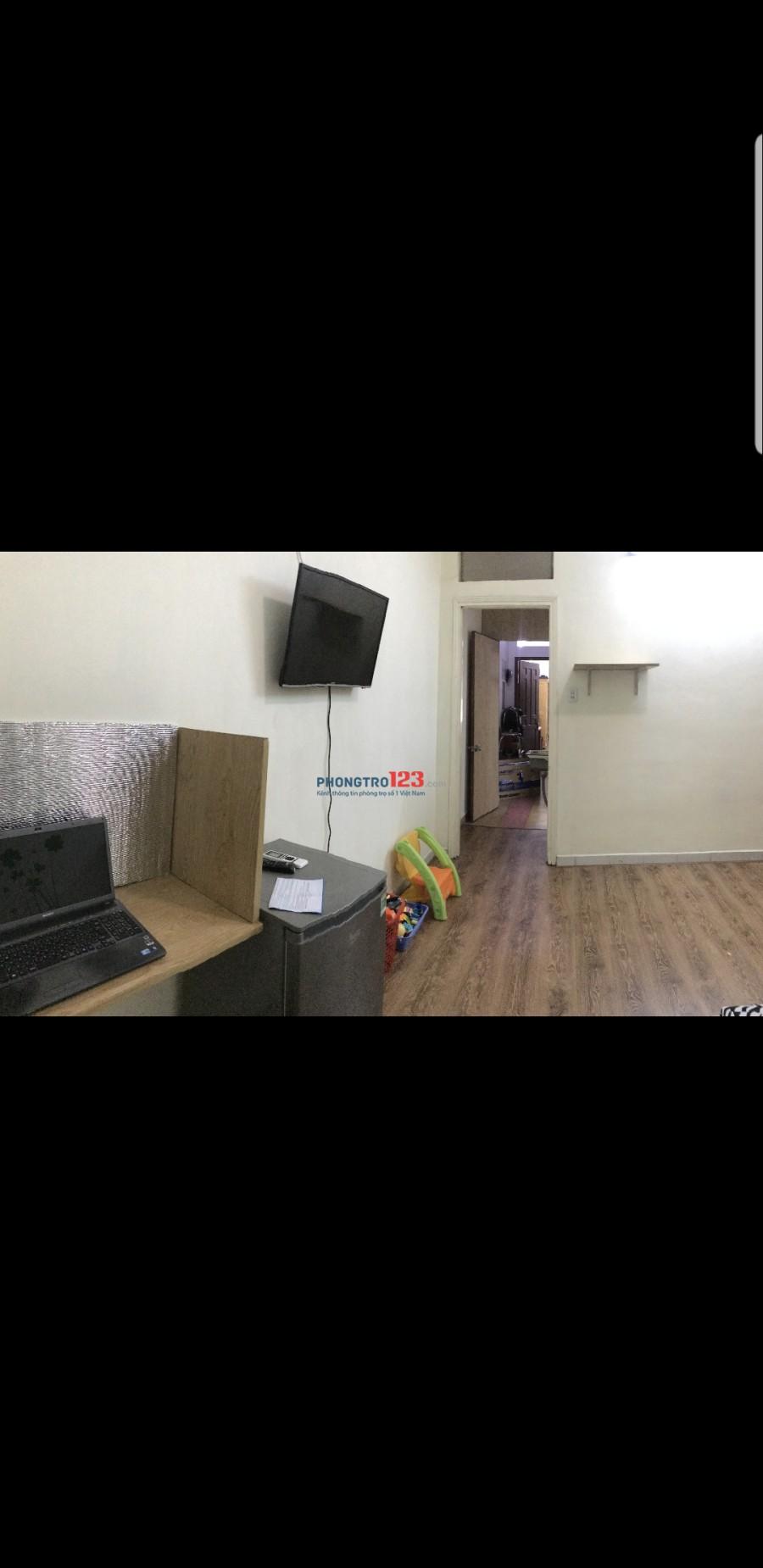 Phòng 30m2 đầy full nội thất cao cấp trung tâm Quận 10.có máy giặt xài free