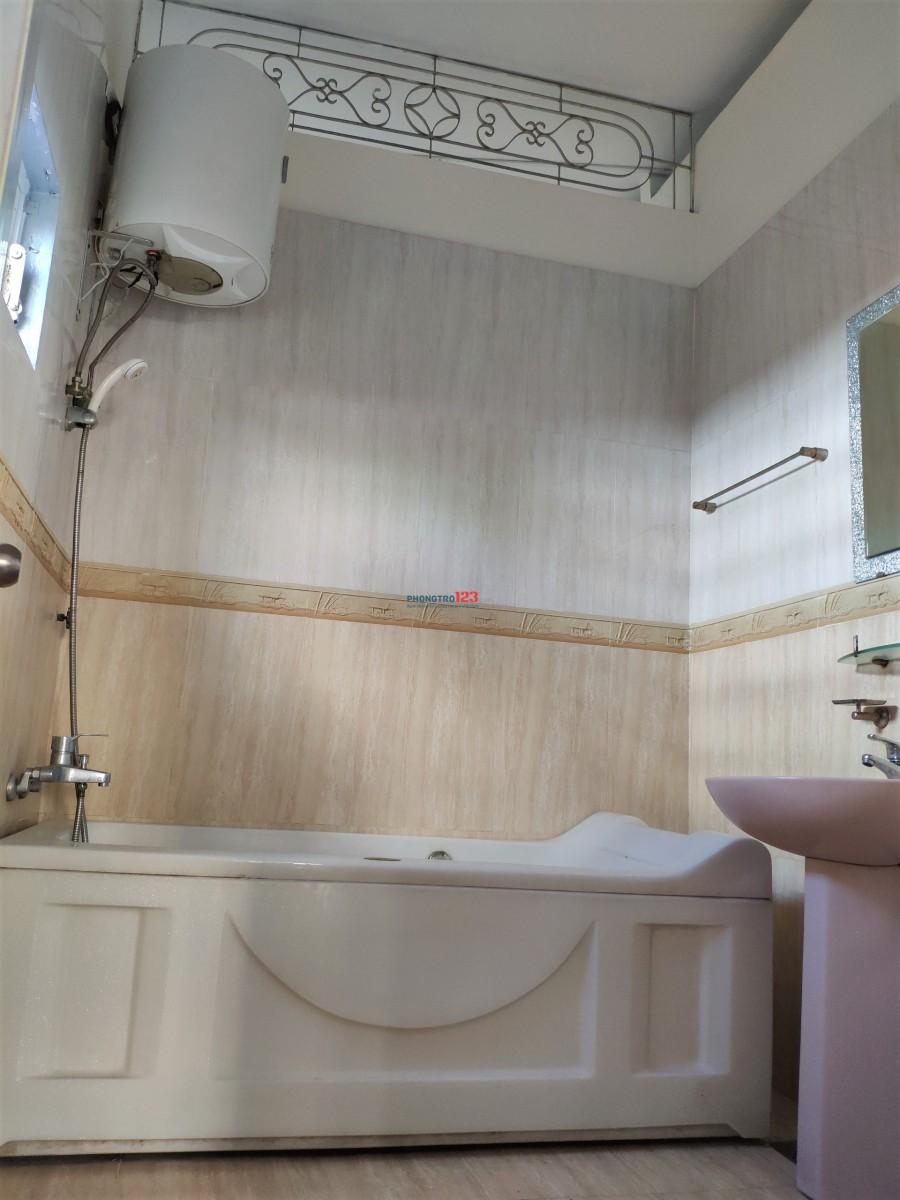 Phòng ở ghép, ký túc xá sinh viên, người đi làm bao điện nước ngay Lotte Cộng Hòa
