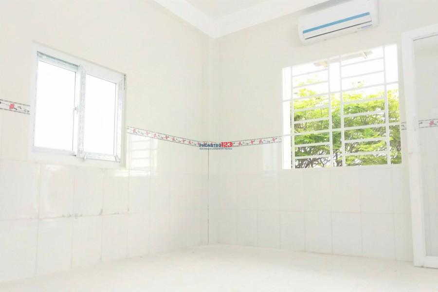 Phòng cho thuê mới xây có máy lạnh đường Quang Trung ngay chợ Hạnh Thông Tây