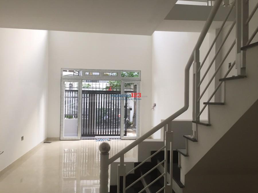 Nhà mới xây nguyên căn 1 trệt 1 gác betong 100m2