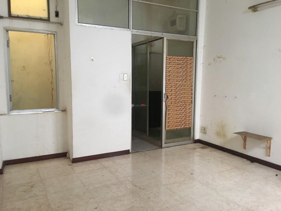 Phòng trung tâm Q.10, gần Vạn Hạnh mall, đủ tiện nghi, giá sinh viên