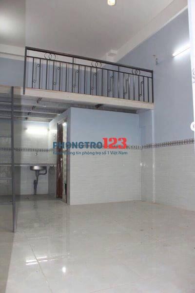 Cho thuê phòng trọ mới mặt tiền 486 Tân Hòa Đông (ngã 3 Tân Khai), sạch đẹp, 20m2, có gác, có camera quan sát