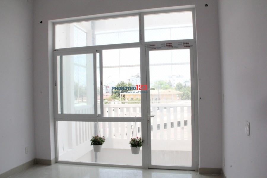 Cho thuê căn hộ mini rộng 45m2 bao gồm gác lửng 12m2 nhà mới có thang máy