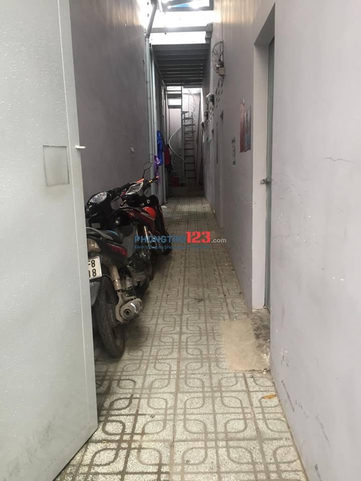 Cho thuê phòng có gác 936/6 Trường Chinh, P.15, Tân Bình