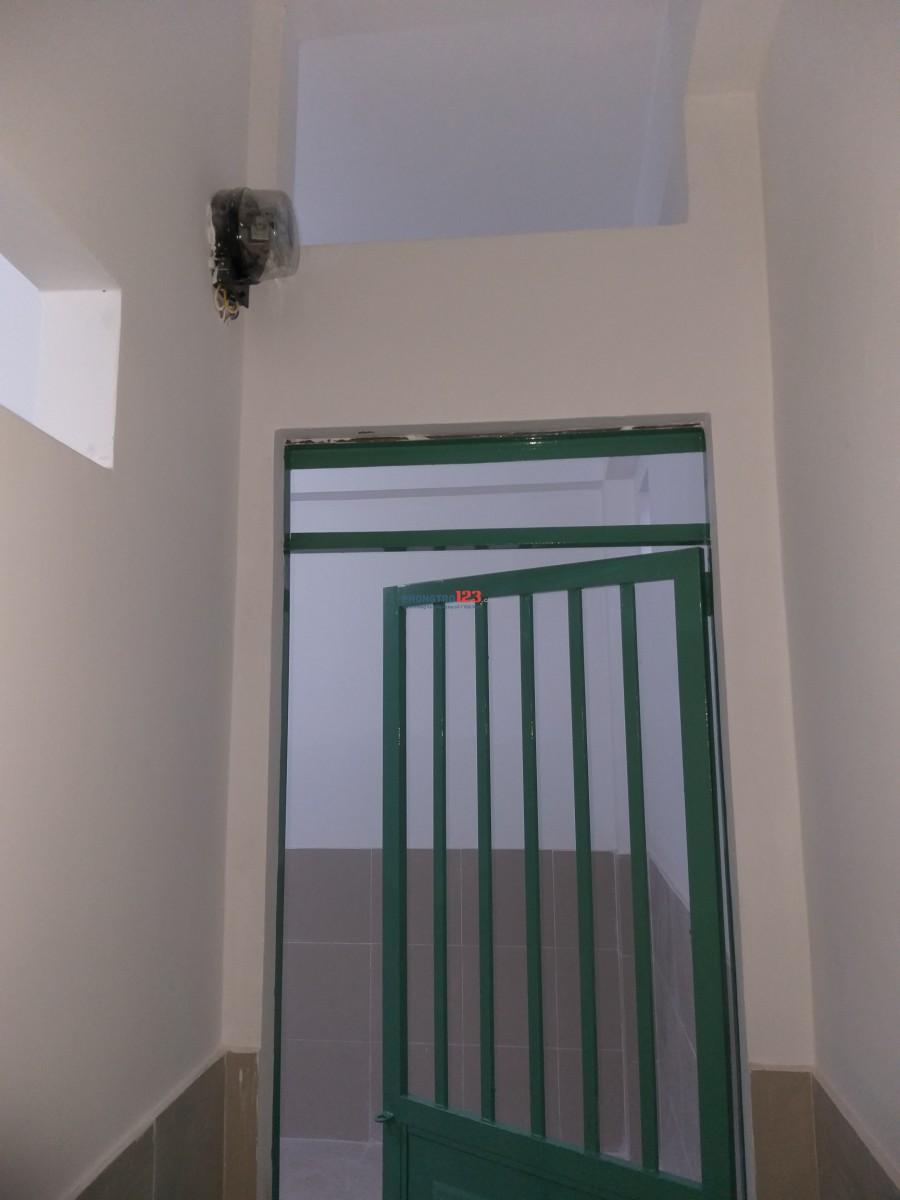Cho thuê phòng trọ mới đẹp ngay Metro Quận 12, giá bình dân