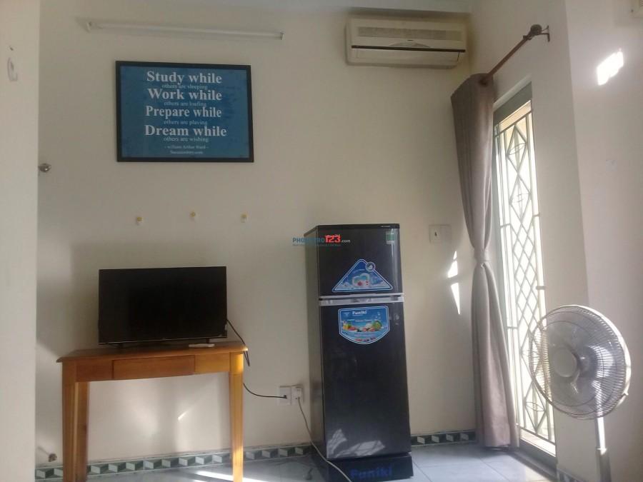 Cho thuê phòng trọ chính chủ tại Trần Quang Diệu - Quận 3 đầy đủ nội thất