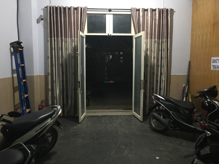 Cho thuê phòng máy lạnh có nột thất gần chung cư An Lộc