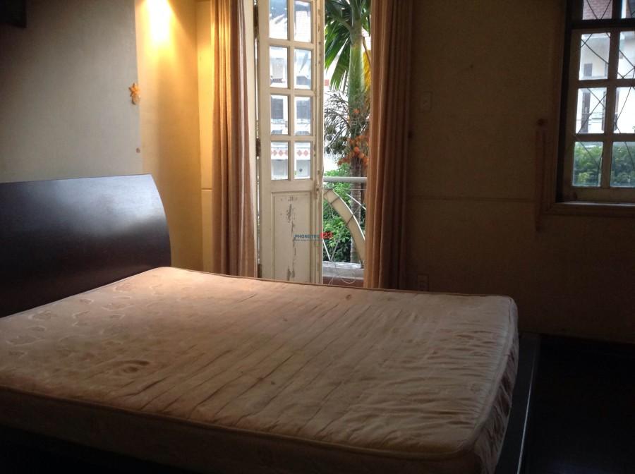 Phòng đầy đủ tiện nghi nằm trên đường Chu Văn An giá 3.5tr/tháng.