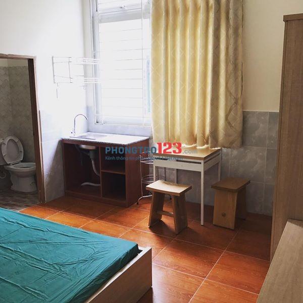 Phòng cao cấp đủ tiện nghi và sạch đẹp cần cho thuê tại quận Tân Bình