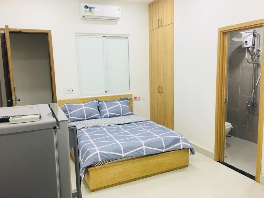 Phòng mới xây, có nộị thất ngay đường Lạc Long Quân, quận Tân Bình