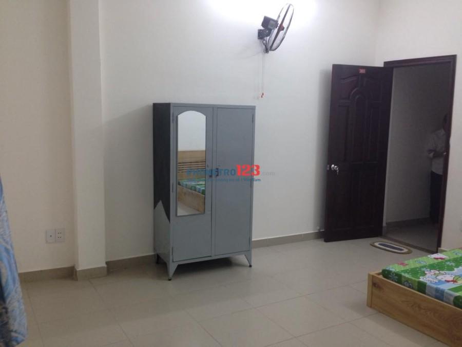 Phòng Trường Chinh giao Nguyễn Hồng Đào, có phòng nội thất, giờ tự do, không chung chủ
