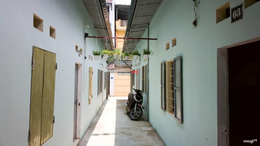 Cho thuê phòng trọ, Hẻm 935 Huỳnh Tấn Phát, Q.7. Giá 2.500.000/tháng, ở 3 người
