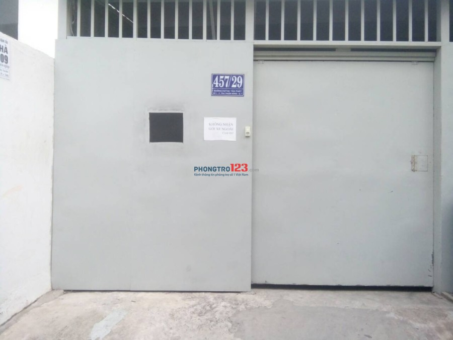Phòng máy lạnh, ban công, gác lửng, giờ tự do, BV 24/24-Giá 3,9tr tại 457 HTP gần KCX Tân Thuận, Q.7