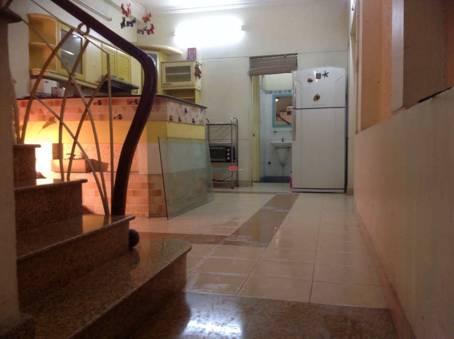 Phòng có máy lạnh, Wc riêng- 243/2/61 Chu Văn An, Bình Thạnh, giá 3,5tr