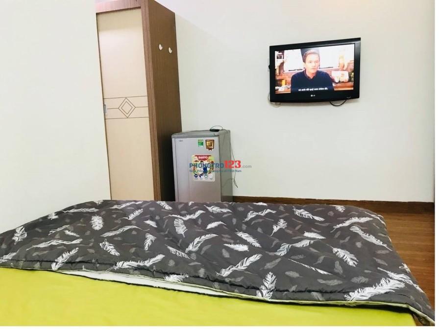 Căn hộ dịch vụ cực rẻ có cửa sổ, full nội thất Phạm Viết Chánh, Q.1
