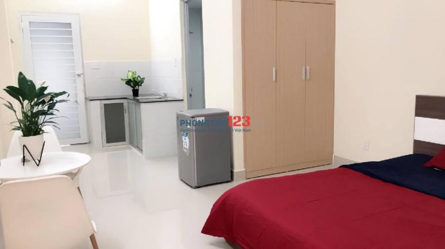 Căn hộ mini cho thuê 30m2 có ban công, kệ bếp dài, ngay gần BXMĐ, Đinh Bộ Lĩnh giao Bạch Đằng và XVNT, Bình Thạnh
