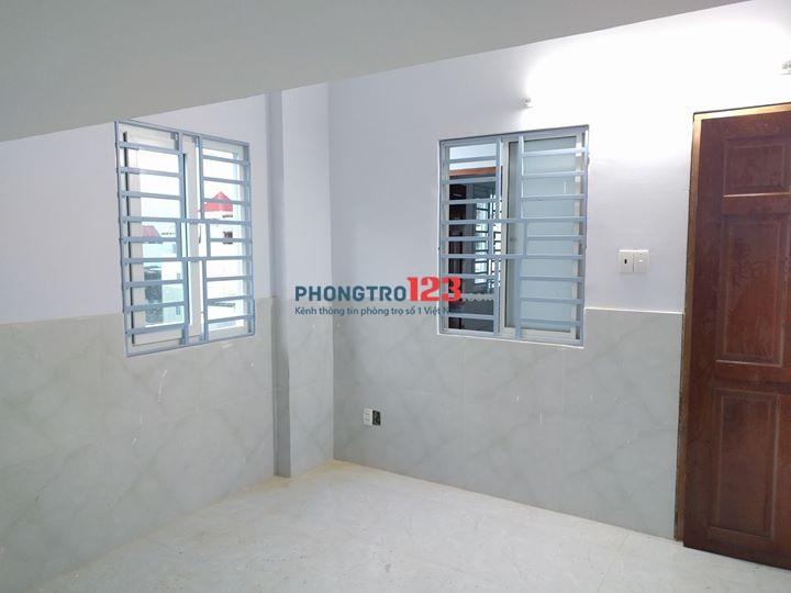Căn hộ mini có gác mới xây TT Bình Thạnh có cửa sổ view đẹp + bếp + wc + bảo vệ 24/24