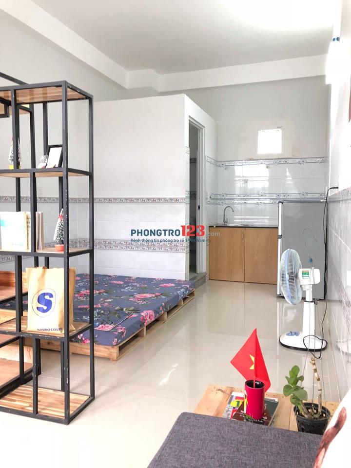 HOT!! Phòng cho thuê tiện nghi giá rẻ ngay Ngã năm quận Gò Vấp