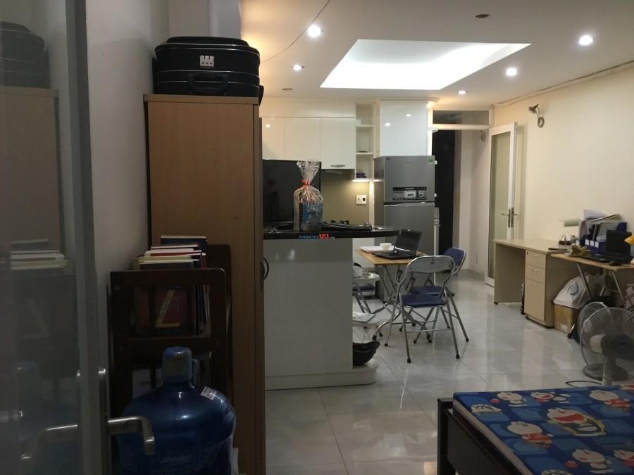 Phòng 40m2 Đường Ung Văn Khiêm, Bình Thạnh