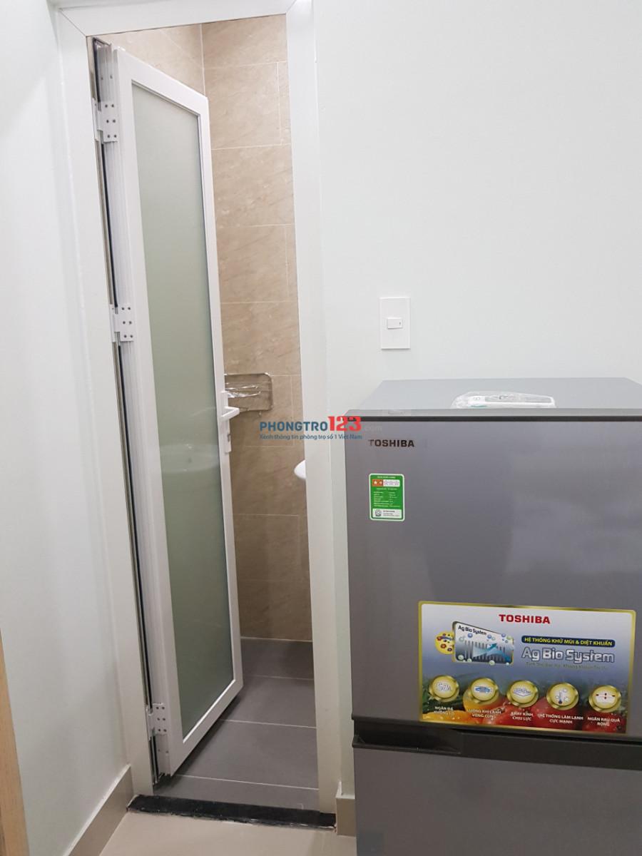 Phòng mới đẹp, giá rẻ, full nội thất gần Vincom Cộng Hòa