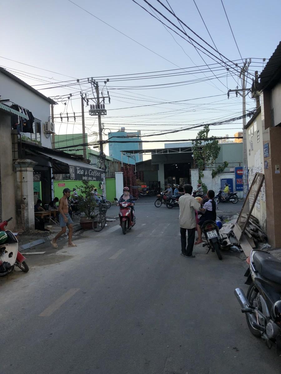 phòng trọ cao cấp 20m2 177 Luỹ Bán Bích, q Tân Phú