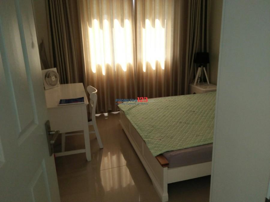 Phòng riêng có tolet trong 25m2 nội thất đầy đủ căn hộ cao cấp Era Town. Giá 4 triệu/tháng, LH 0918 858 646