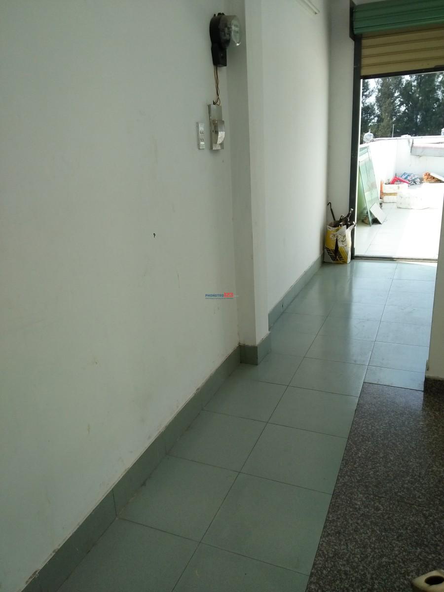 Cho nam thuê phòng nhà nguyên căn mặt tiền đường Khu Tên Lửa - Bình Tân