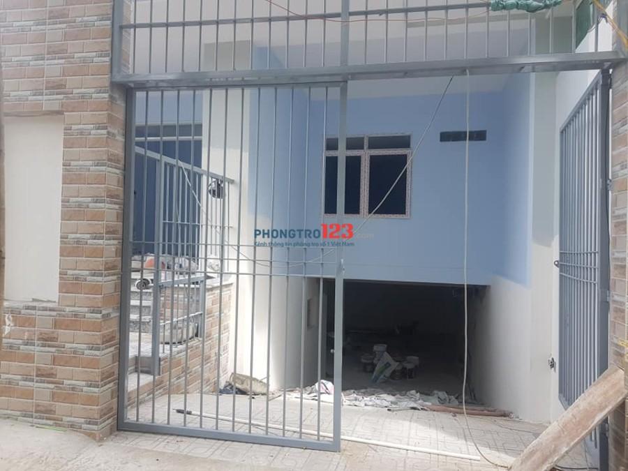 Cho thuê tầng trệt 9X17m, có hầm để xe, 3 phòng ngủ, tiện làm văn phòng và ở, góc 2 mặt tiền