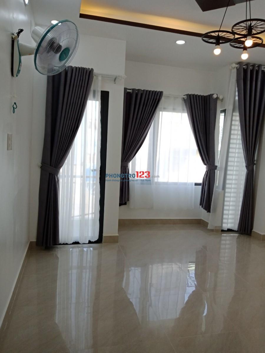 Phòng full nội thất nhà mới đẹp giờ tự do Phú nhuận gần Q3, hẻm xe hơi yên tĩnh