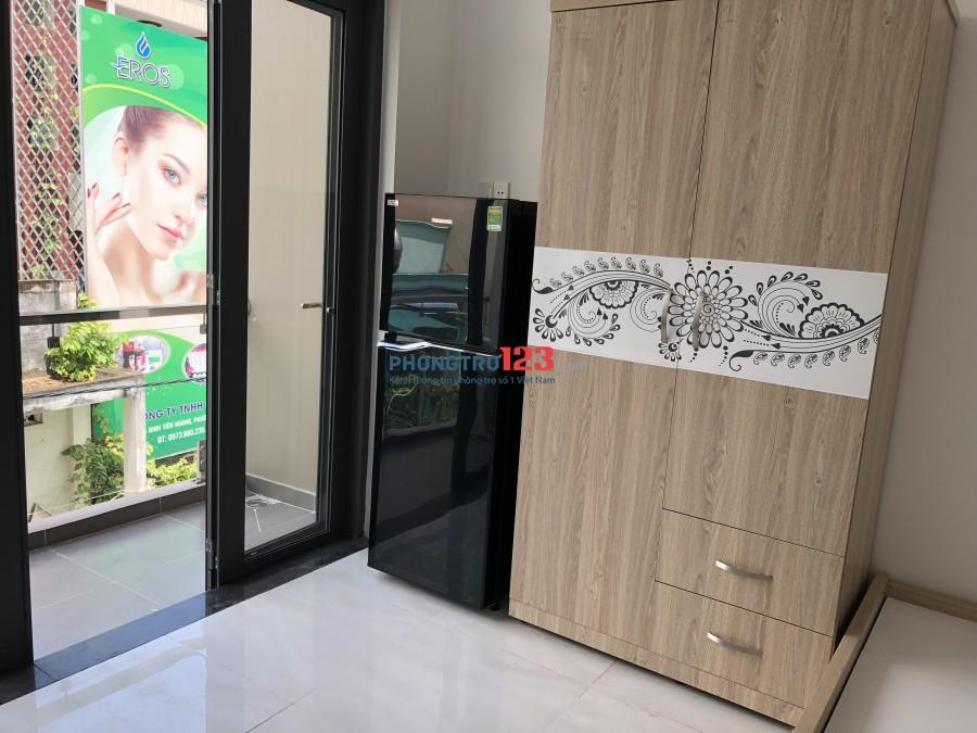 Phòng chdv full nội thất nhà mới đẹp, có bếp, thang máy, giờ tự do
