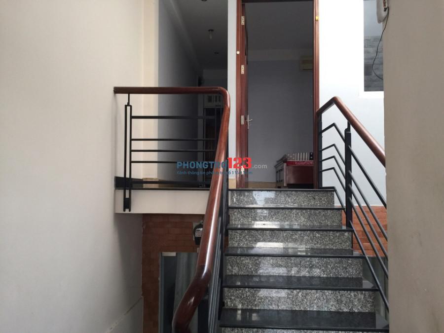 Phú nhuận cho thuê căn hộ, 2 phòng ngủ, bếp riêng, full nội thất gỗ, 60m2, hình ảnh thực
