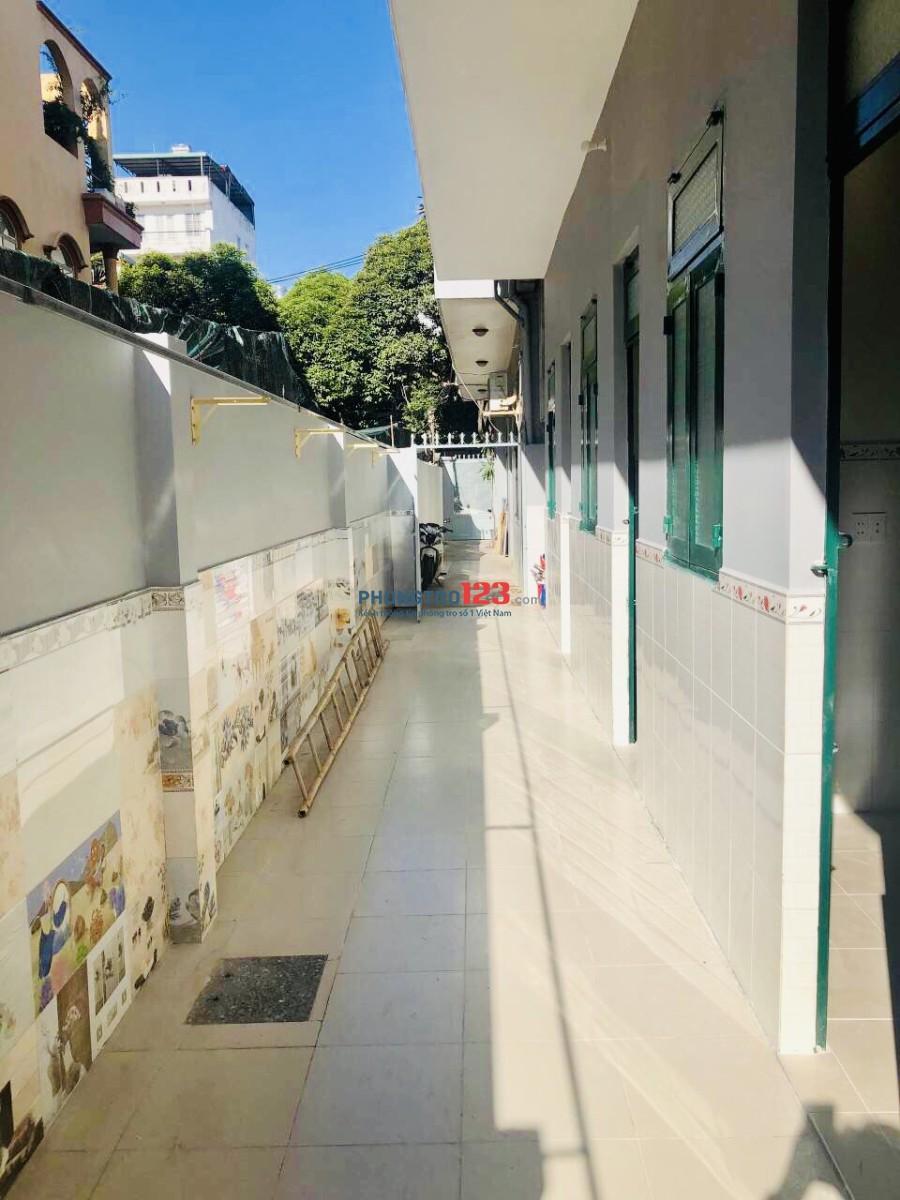Phòng siêu đẹp, thoáng mát, có ban công siêu rộng Trần Văn Dư Tân Bình