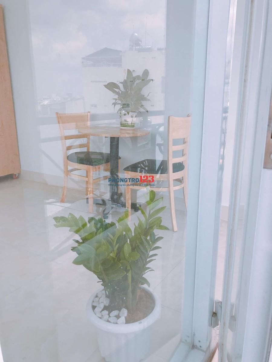 CĂN HỘ 1 PHÒNG NGỦ ĐẦY ĐỦ TIỆN NGHI, NỘI THẤT NGAY BÀNH VĂN TRÂN, CMT8 40M2 7TR3/TH