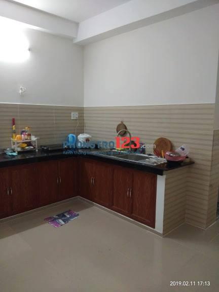 Phòng trong nhà mới xây - giờ giấc tự do - camera gần aeon mall Tân Phú