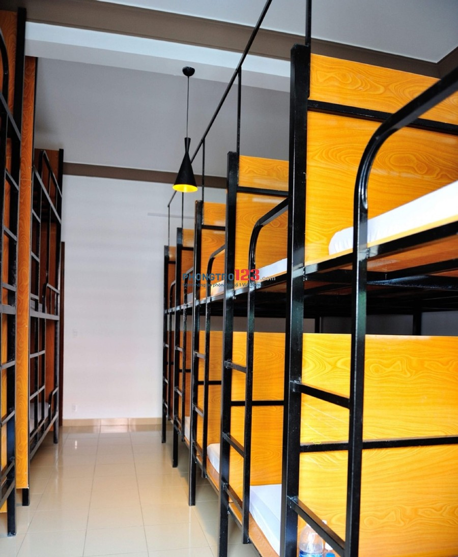 Sakura Hostel Cholon có phòng trọ Dorm cho SV, người LĐ thuê