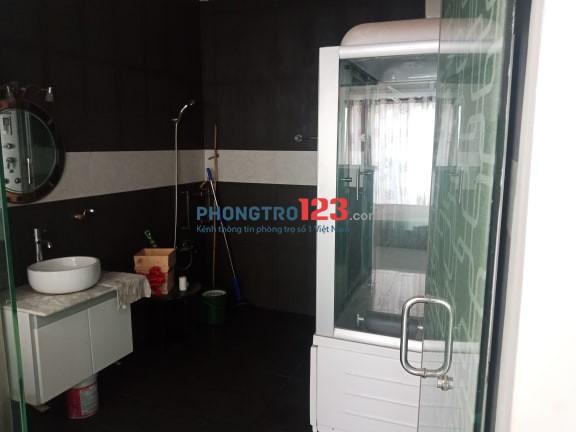 Phòng cao cấp dạng căn hộ dịch vụ gần ngay Nguyễn Thị Thập, giờ giấc tự do, bếp nấu ăn, có thể ở 4-5 người