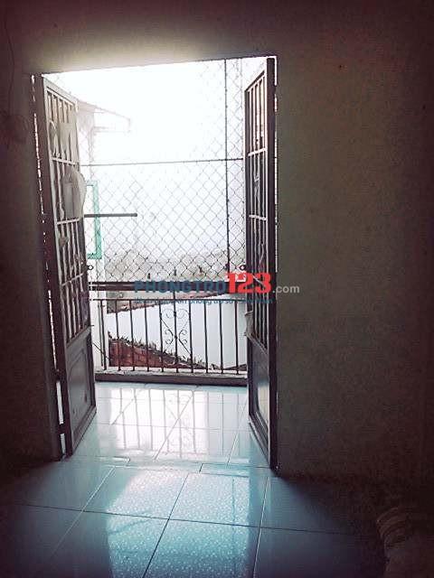 Phòng trọ Q.7 18m2 (2 gác) cần nam ở ghép