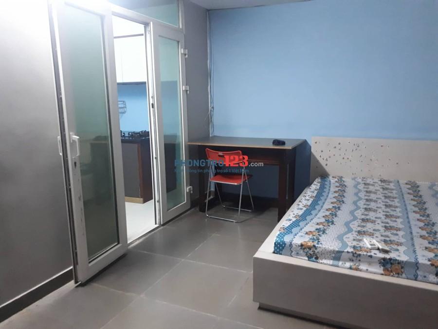 Cho thuê phòng nội thất tiện nghi, 32m2, có ban công, bếp