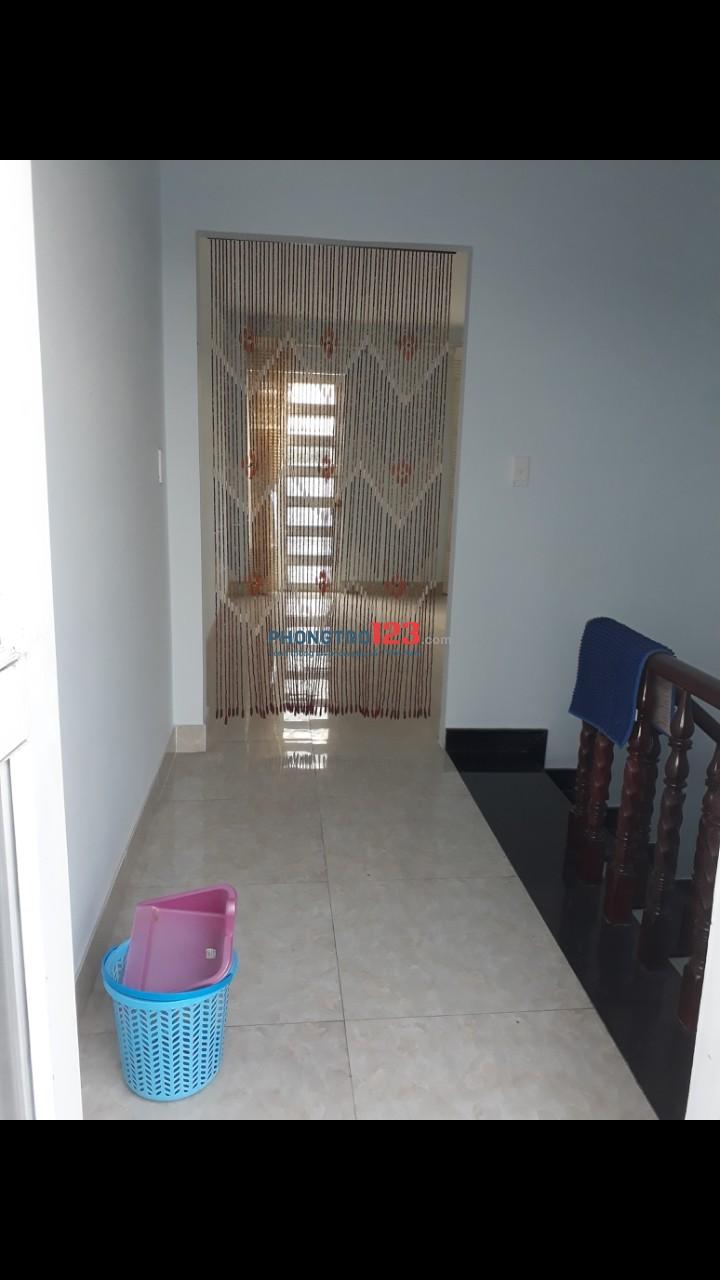 Cho thuê nhà 1 trệt 2 lầu (4.5×26) đường Trần Quốc Toản