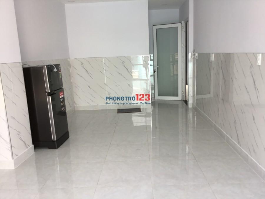 Căn hộ cho thuê 2 mặt tiền đường Thích Quảng Đức & Phùng Văn Cung