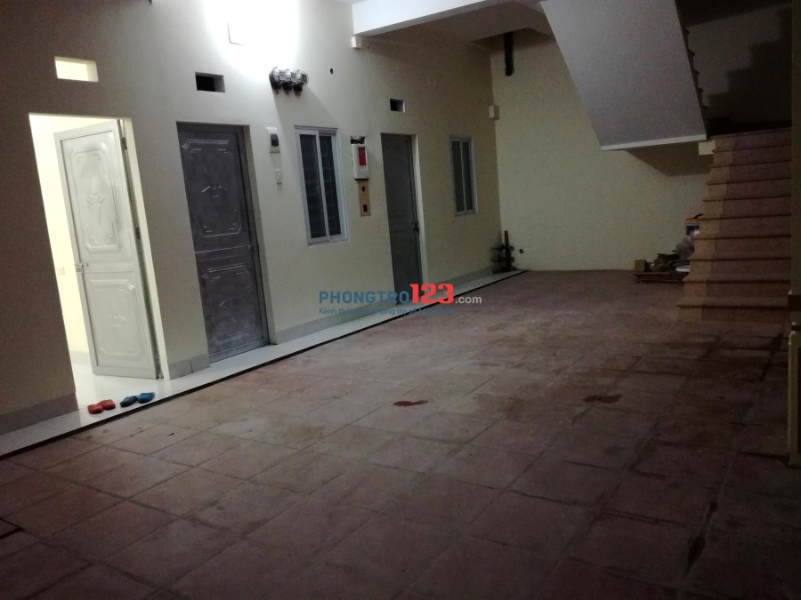 Cho thuê phòng trọ khép kín 18m2 Đông Ngạc, Bắc Từ Liêm