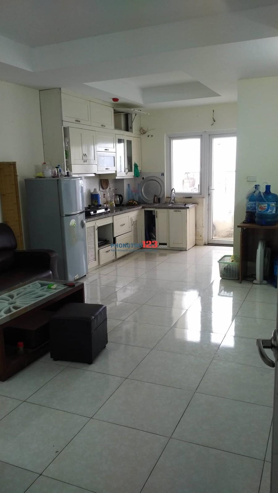 Tìm thêm 2 bạn nam ở ghép căn chung cư 65 m2 ở KĐT Pháp Vân, ngay sau bến xe Nước Ngầm