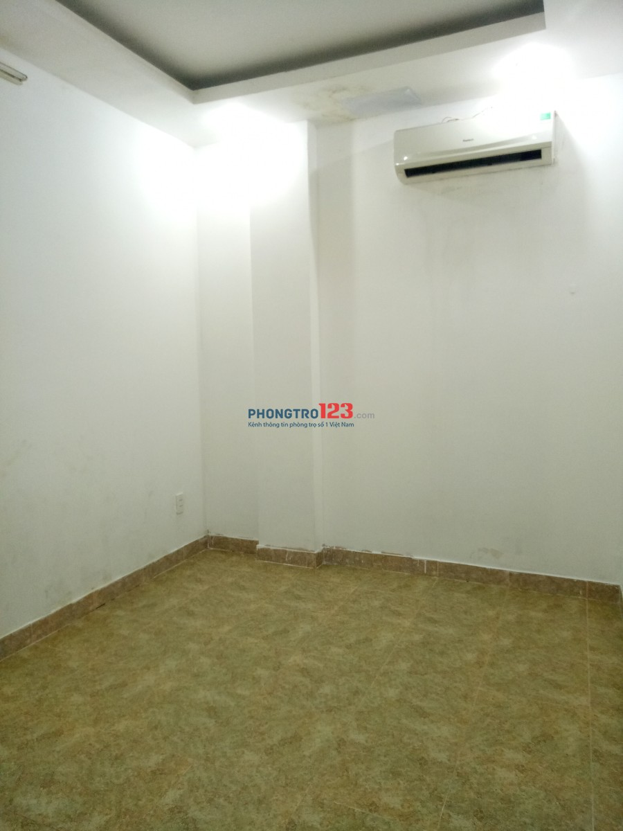 Cho thuê phòng trọ giá 2tr có máy lạnh, giờ giấc tự do, Nhi 0909.09.9160